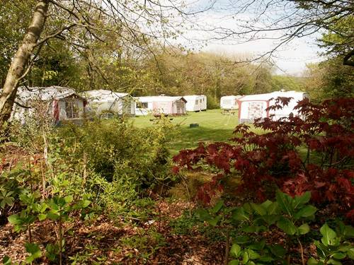 caravans at Tamar Lake Farm